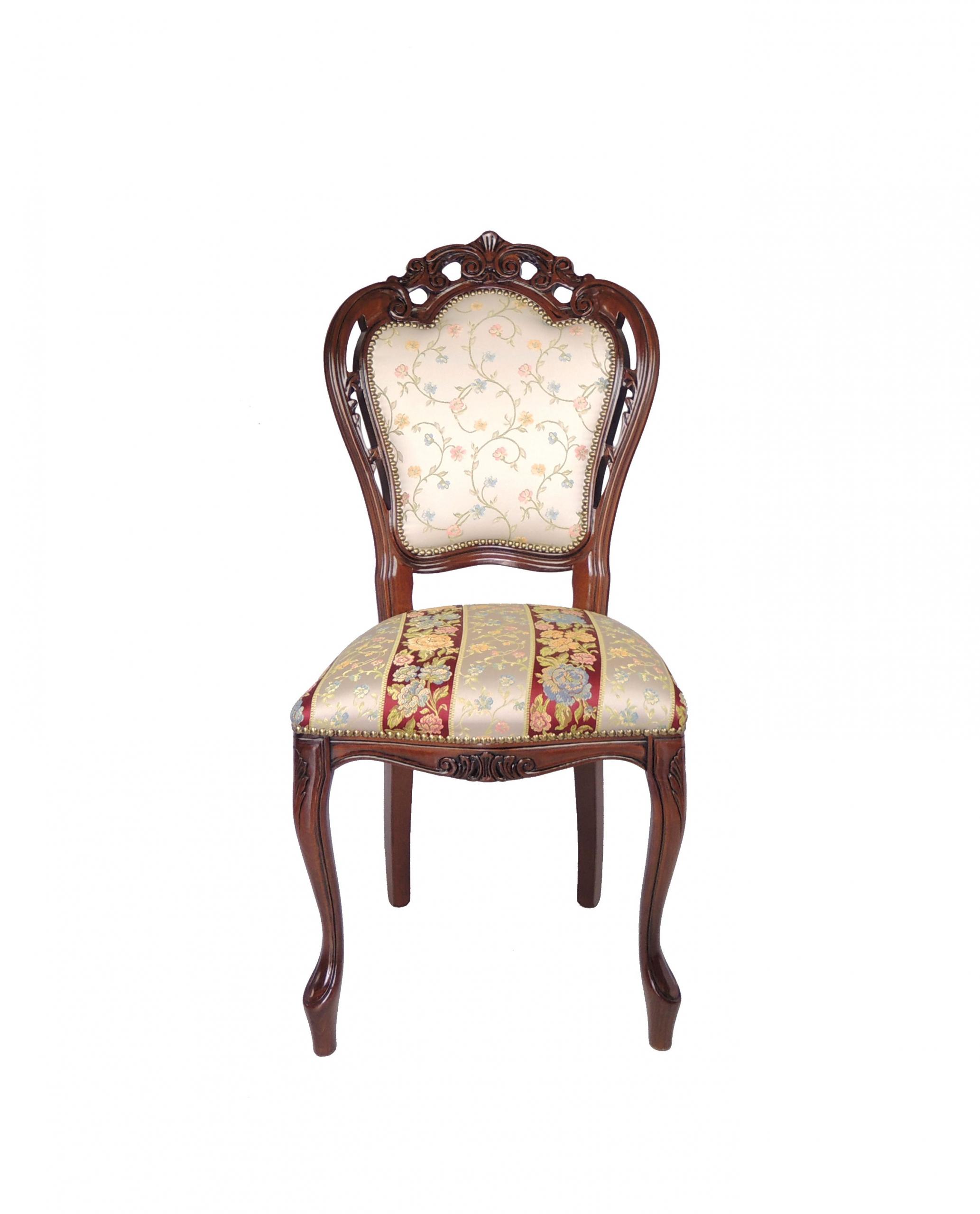 Italská zdobená židle